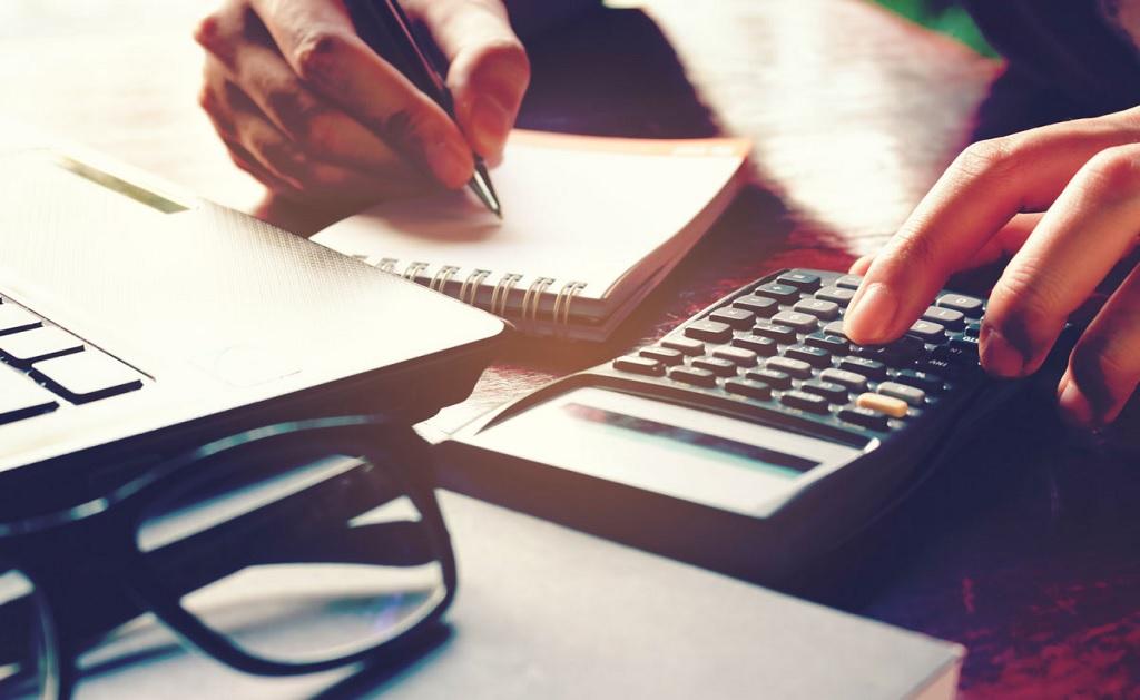 Falta de controle de comissões pode levar corretora a falência, afirma especialista