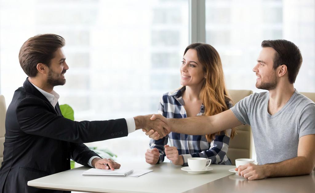 Como convencer um cliente a contratar uma assistência?