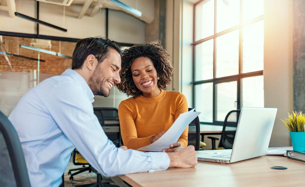 Como importar clientes e prospects para o CRM?
